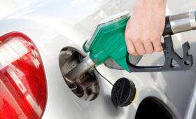 Нефтяники продолжают надеяться на возвращение алкоголя на заправки