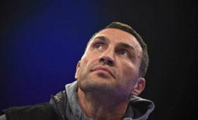 Виталий Кличко назвал причину поражения брата Владимира отЭнтони Джошуа