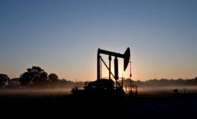 Цена нефти Brent впервые за полгода превысила $75 за баррель