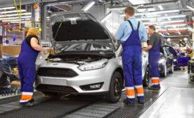 Ford назначил выходные пособия российским рабочим