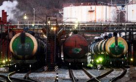 В Киеве увидели угрозу коллапса экономики без российской нефти