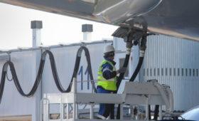 Минфин предложил просившим денег на топливо авиакомпаниям урезать флот