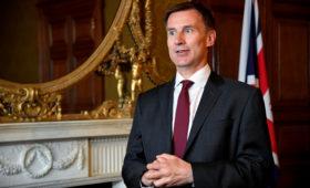 Глава МИД Британии на встрече с Помпео объяснил вызов поверенного России