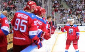 Путин победил вхоккейном матче