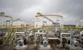 СМИ узнали о решении четырех НПЗ поделить грязную нефть из «Дружбы»