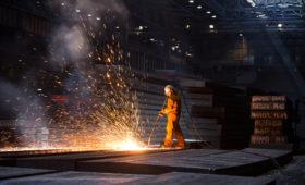 Альфа-банк предсказал рост спроса на сталь на фоне торговых войн