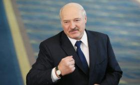 Лукашенко заявил о просьбе к Клинтону возглавить союз России и Белоруссии