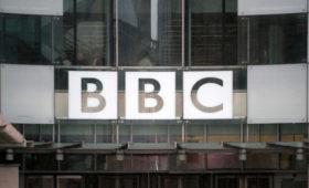 В Британии Би-би-си обвинили в замалчивании о связях политиков с Россией