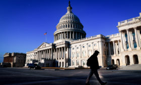 В конгрессе США нашли новый способ противостоять России и Турции