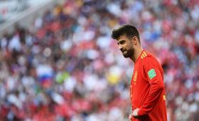 Пике сможет помочь «Барселоне» вматче с«Реалом»