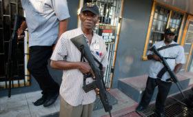 В Гайане заявили о депортации трех россиян за вмешательство в выборы