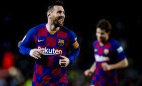 «Барселона» готова платить Месси поновому контракту € 50млнвгод