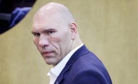 Валуев рассказал, почему перестал общаться сВиталием Кличко