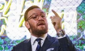 Макгрегор назвал «прикрытием» болезнь отца Нурмагомедова