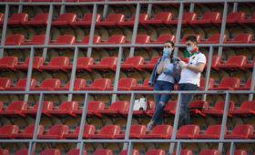 Российских футболистов предложили закрыть набазах