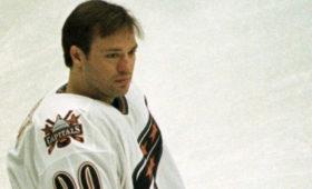 Российский хоккеист изНХЛвнезапно умер наулице