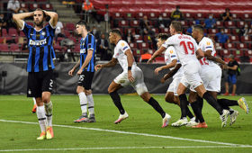 «Севилья» вырвала победу у«Интера» ившестой развыиграла Лигу Европы