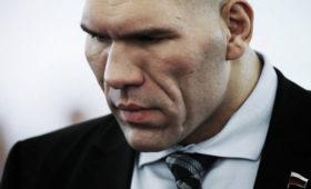 Валуев отреагировал навидео, вкотором Лукашенко выходит извертолёта соружием вруках