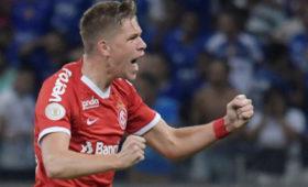 СМИназвали стоимость трансфера футболиста Фукса вЦСКА