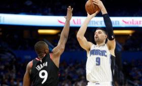 Никола Вучевич установил феноменальный рекорд НБАв21-мвеке