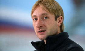 «Тоже спортсмен». Плющенко показал старшего сына