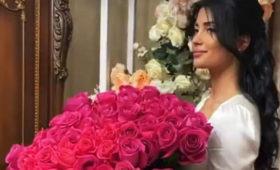 Подруги оправдали выгнанную сосвадьбы невесту российского борца