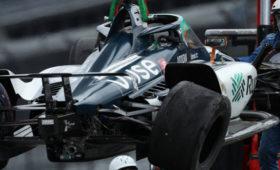 Алонсо разбил болид впрактике перед «Инди-500»