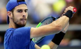 Российский теннисист Хачанов вылетел впервом круге турнира Masters вРиме