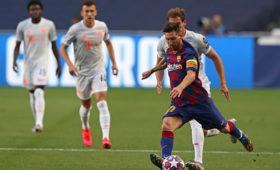 Месси решил остаться в«Барселоне»