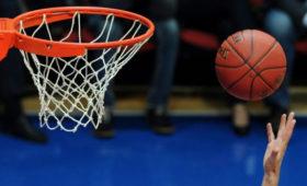 «Лос-Анджелес Лейкерс» вышел вполуфинал НБА